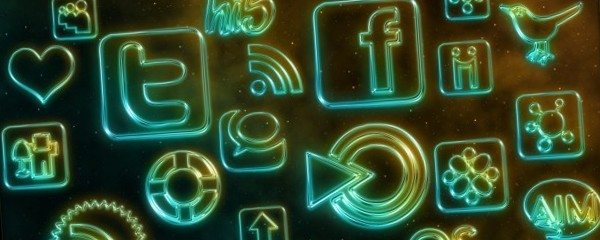 webtreatsetc-glowing-neon-sociables