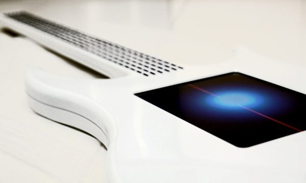 2-Misa-Digital-Guitarpantalla-tactil Misa Digital Guitar: Innovadora guitarra eléctrica con pantalla táctil