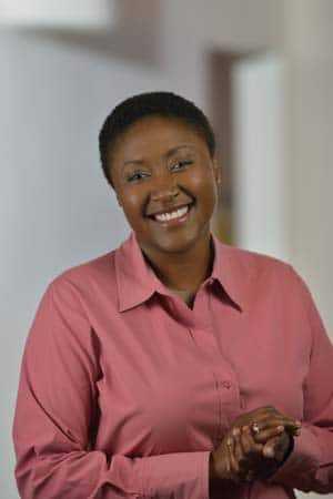 Aicha Evans - Vice Presidente Corporativo de Intel y Gerente General del Grupo de Comunicaciones y Dispositivos